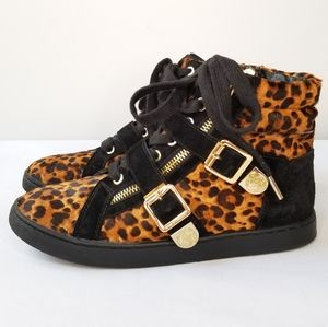 Vince Camuto Umily High Top Sneakers 7.5 Leopard